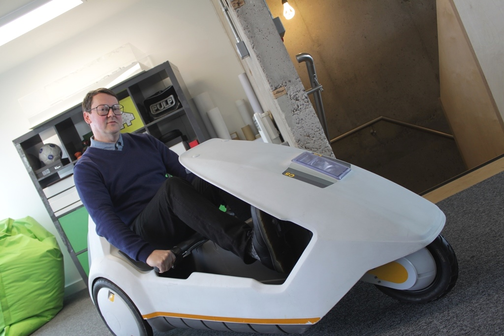 Nick sat in Sinclair C5